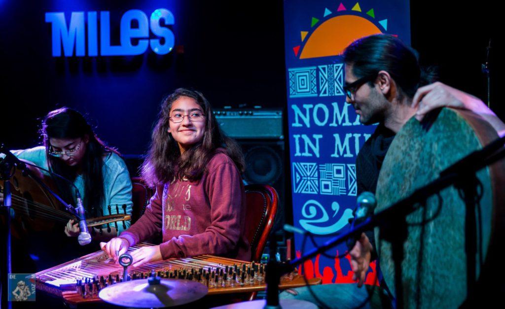 nomaden-in-muziek-qasyoun-obia-peter-putters-www-denozem-com-9451trio